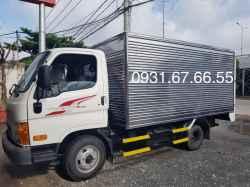 Xe Tải Hyundai Mighty N250 2.5 Tấn Thùng Kín