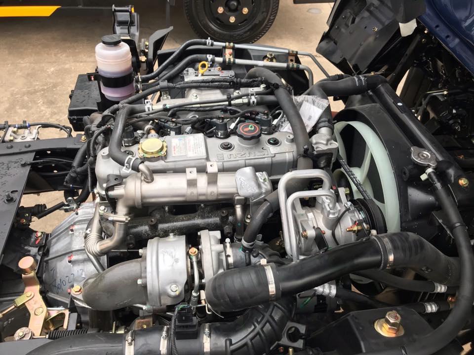 động cơ xe tải iz75s thùng bạt