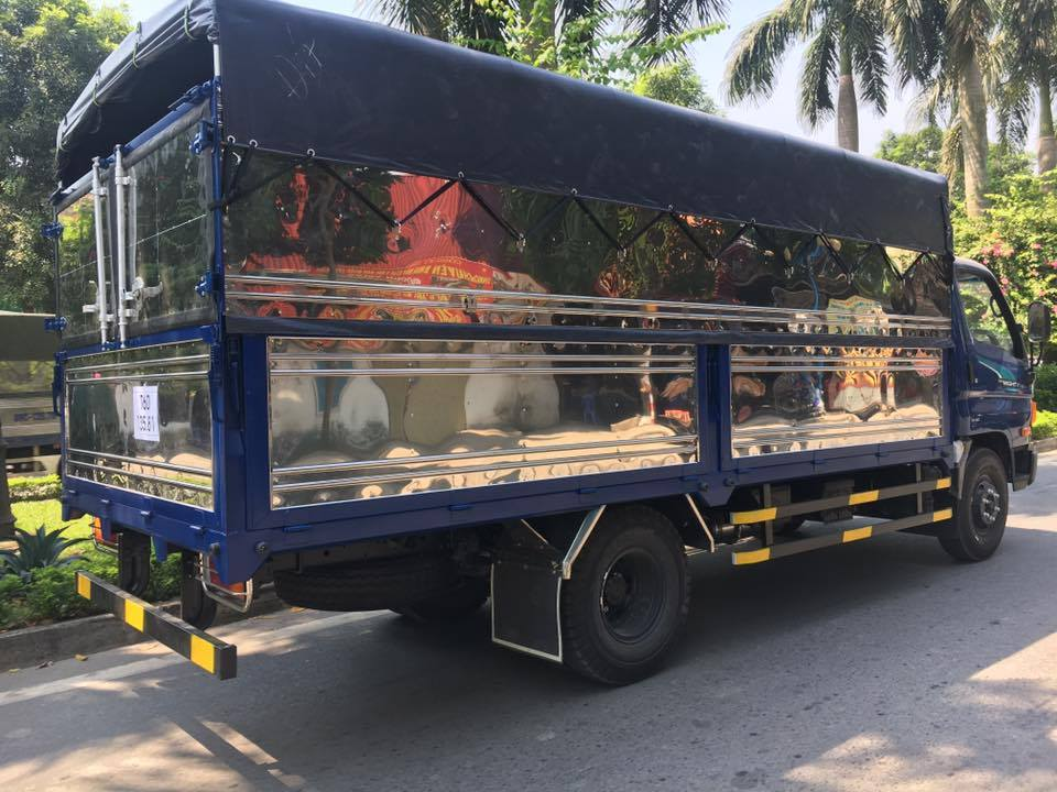 ngoại thất xe tải hyundai 110s
