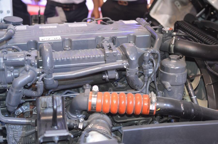 động cơ hyundai 75s