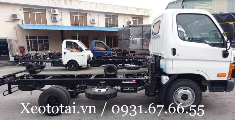 Xe tải hyundai n250sl thùng mui bạt