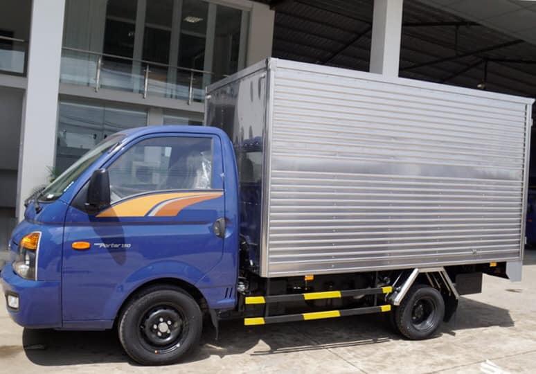 ngoại thất hyundai porter 150 thùng kín